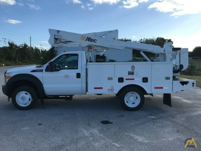 Altec AT37G 42' Articulating Telescopic Boom Aerial Bucket Truck on Ford F550 6