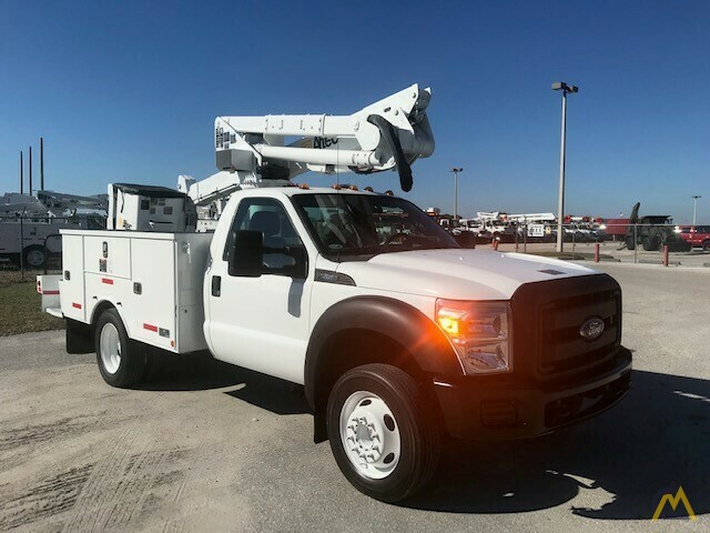 Altec AT37G 42' Articulating Telescopic Boom Aerial Bucket Truck on Ford F550 2