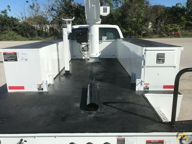 Altec AT37G 42' Articulating Telescopic Boom Aerial Bucket Truck on Ford F550 25