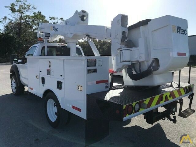 Altec AT37G 42' Articulating Telescopic Boom Aerial Bucket Truck on Ford F550 3