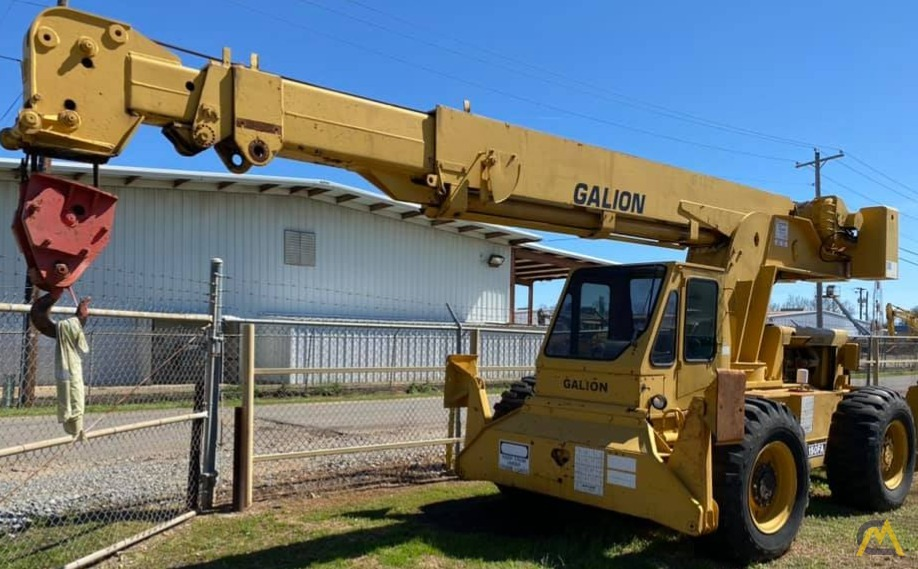 Galion 150FA 15-Ton Down Cab Rough Terrain Crane 0