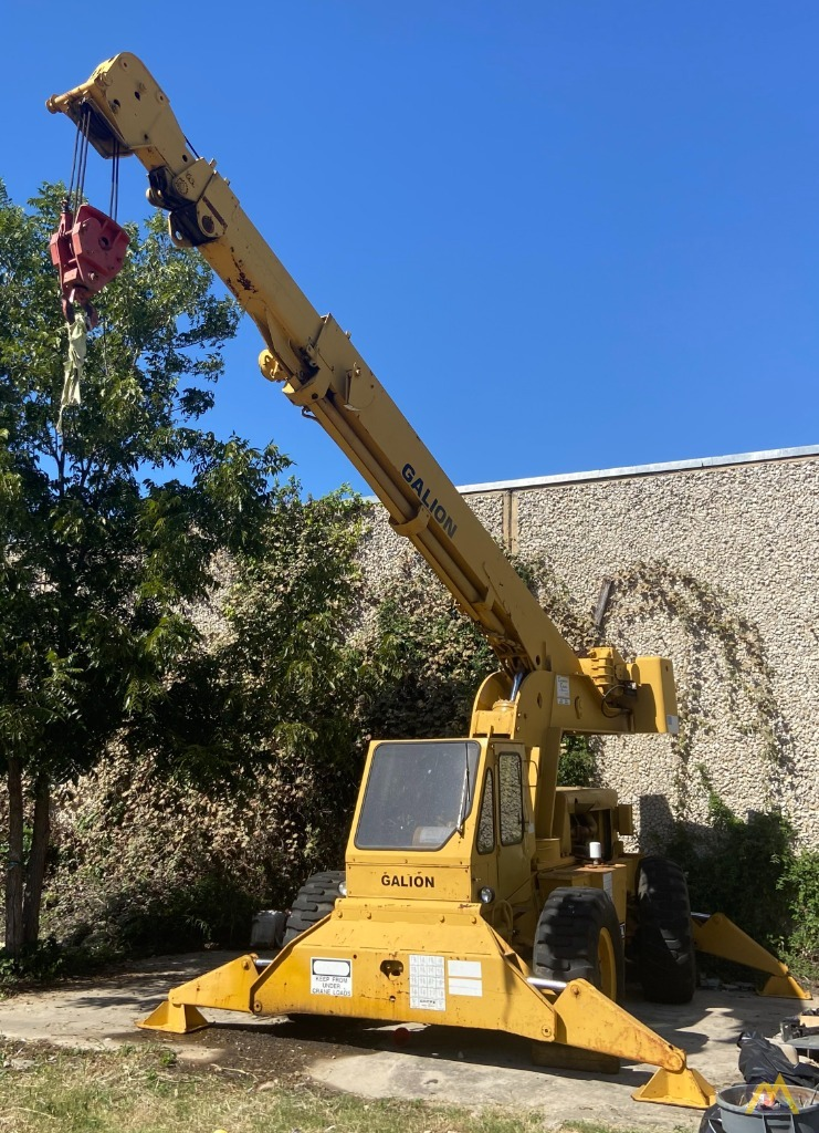 Galion 150FA 15-Ton Down Cab Rough Terrain Crane 5