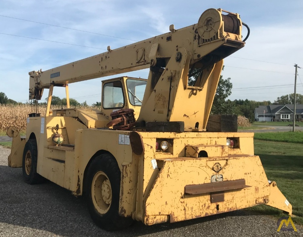 Grove IND1012D 17.5-ton Industrial Pick and Carry Crane 2