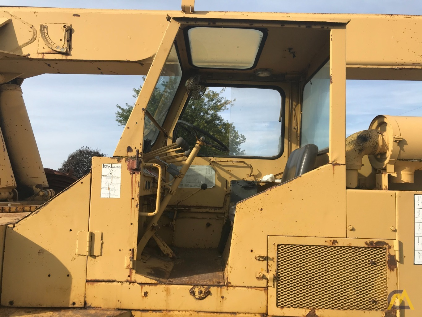 Grove IND1012D 17.5-ton Industrial Pick and Carry Crane 4