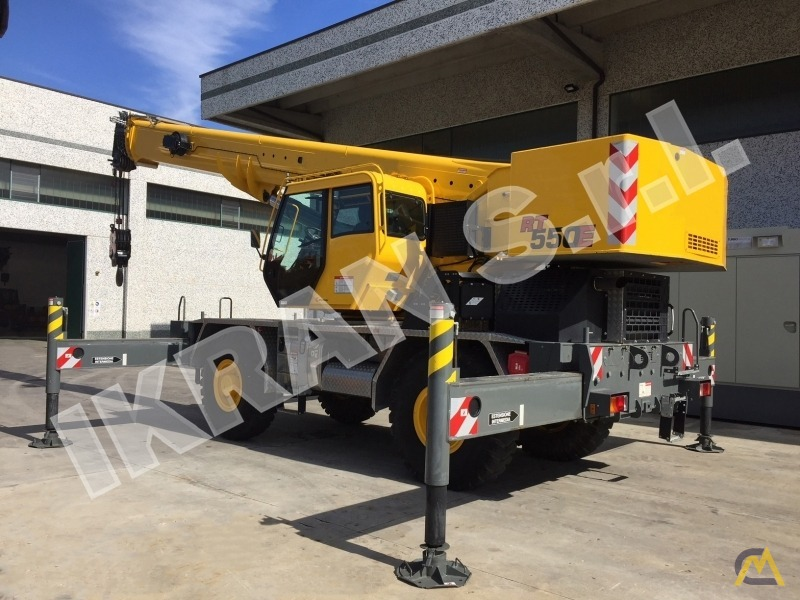 Grove RT550E 45-ton Rough Terrain crane 0