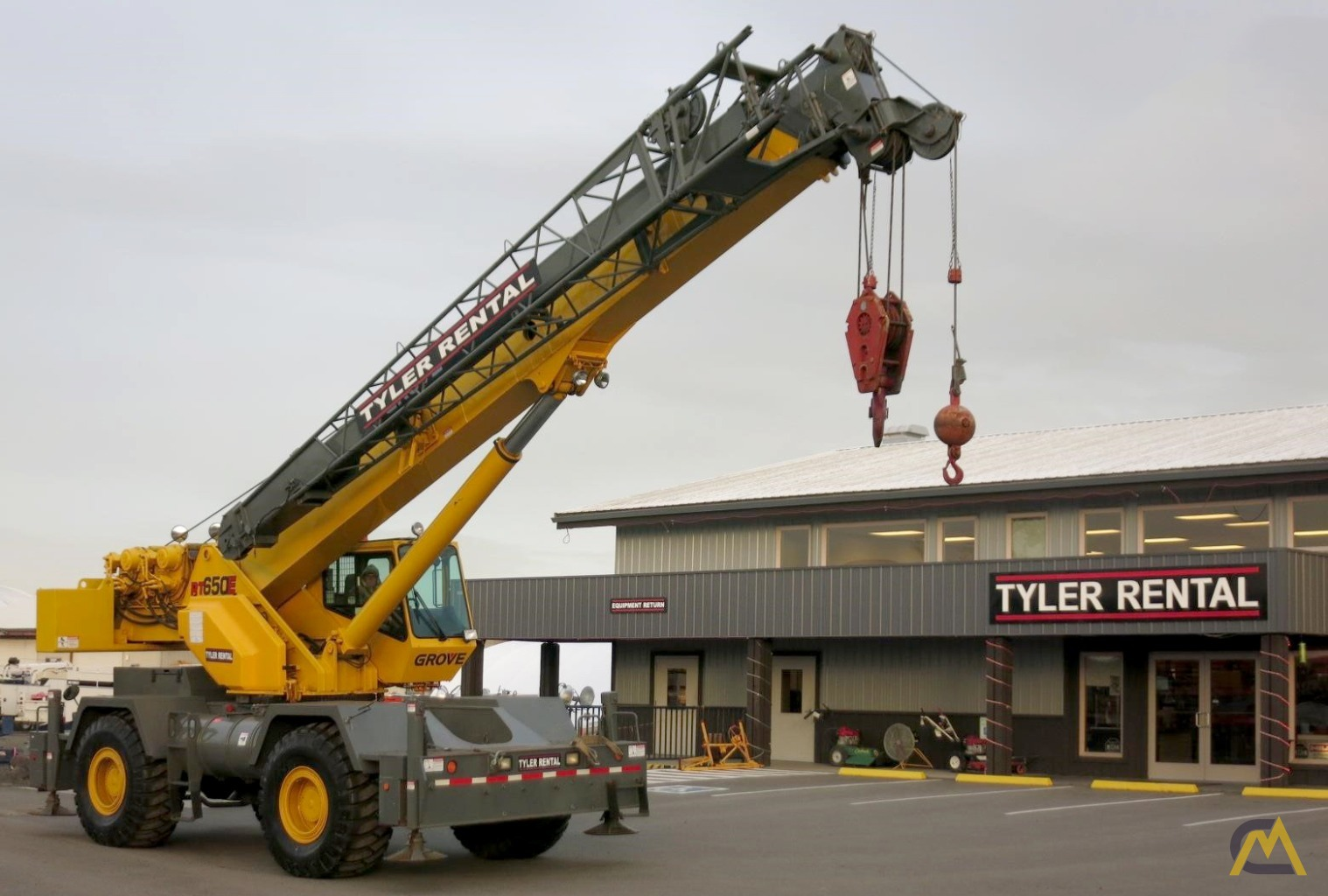 Grove RT650E 65-ton Rough Terrain Crane 0