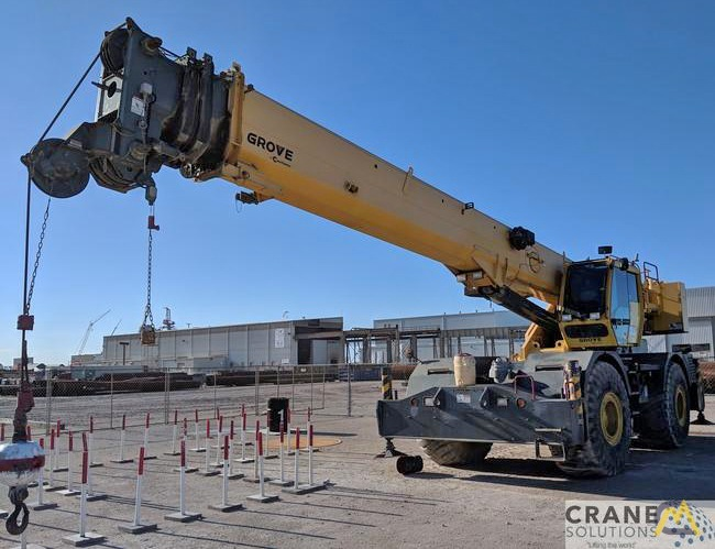Grove RT760E 60-Ton Rough Terrain Crane 1