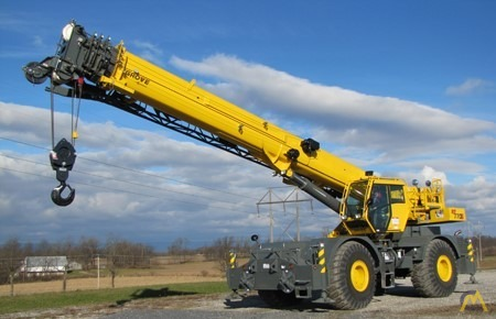 Grove RT770E 70-Ton Rough Terrain Crane 2