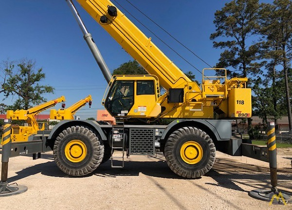 Grove RT890E 90-Ton Rough Terrain Crane 0
