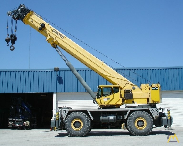 Grove RT9130E 130-ton Rough Terrain Crane 1