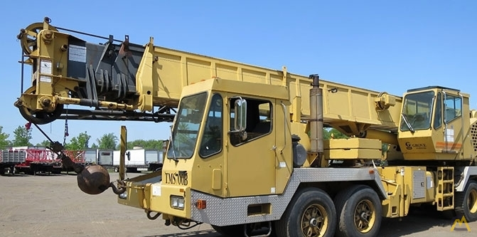 Grove TMS750B 50-ton Telescopic Boom Truck Crane For Sale