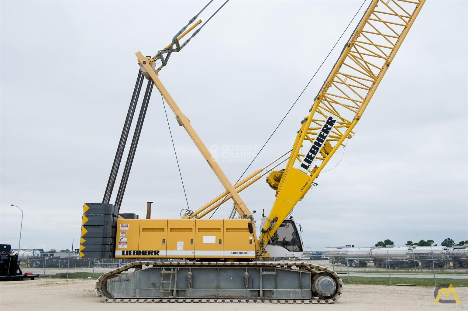 Liebherr LR 1280 300-Ton Lattice Boom Crawler Crane 3