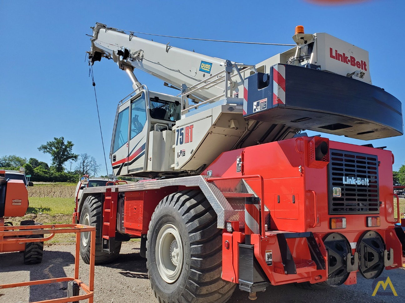 Link-Belt 75RT 75-ton Rough Terrain Crane 2