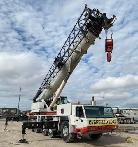 Link-Belt ATC-3200 200-Ton All Terrain Crane 0
