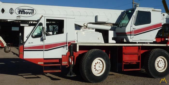 Link-Belt ATC-822 22-ton All Terrain Crane 1