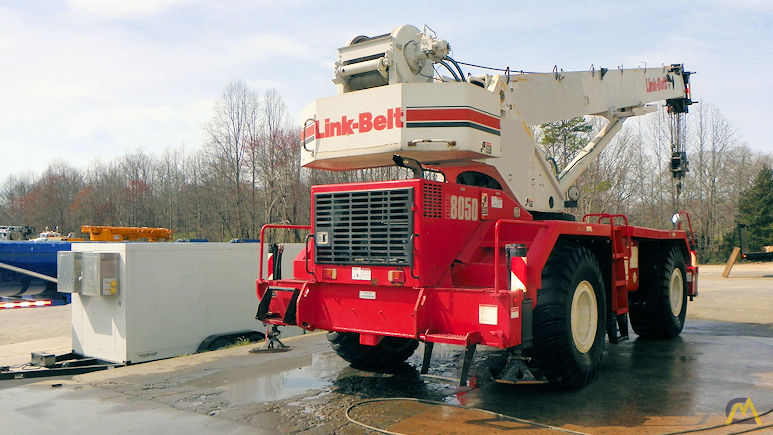 Link-Belt RTC-8050 Series II 50-ton Rough Terrain Crane 2