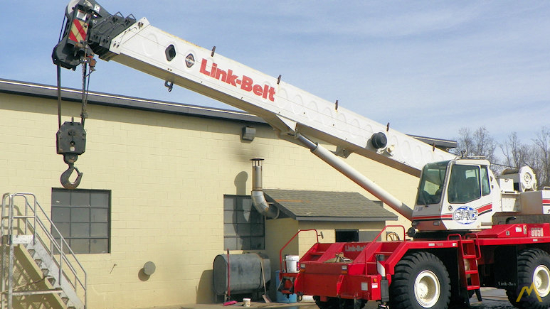 Link-Belt RTC-8050 Series II 50-ton Rough Terrain Crane 3