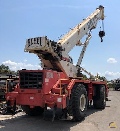 Link-Belt RTC-8090 Series II 90-ton Rough Terrain Crane 2