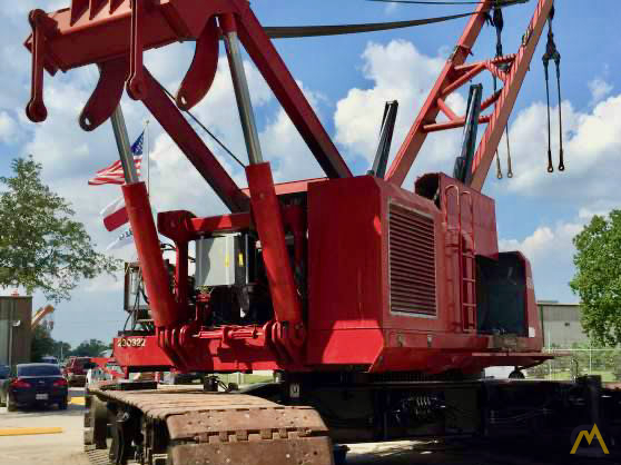 Manitowoc 888 230-Ton Lattice Boom Crawler Crane 3