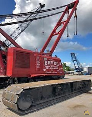 Manitowoc 888 Series 2 230-Ton Lattice Boom Crawler Crane 1