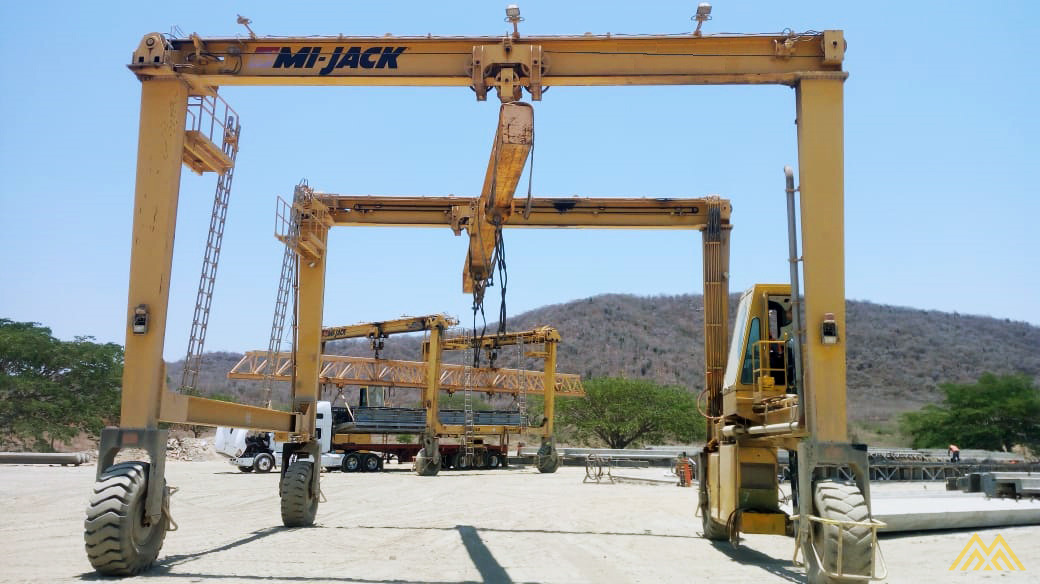 Mi-Jack Travelift MJ55 55-Ton Rubber Tired Gantry Crane 1