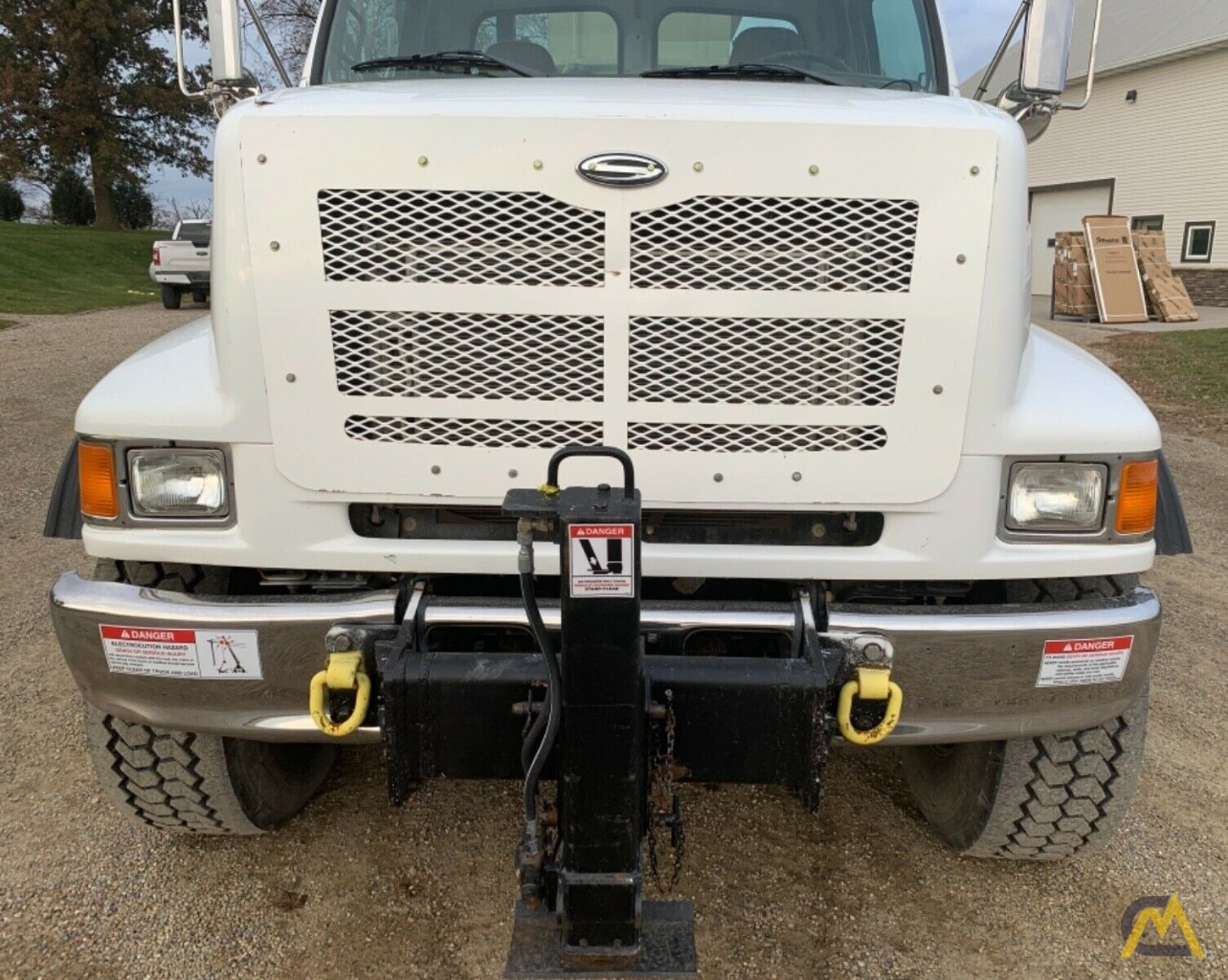 National Series Series 1400H Model 14127H 33-Ton Boom Truck Crane on Sterling L7500 6