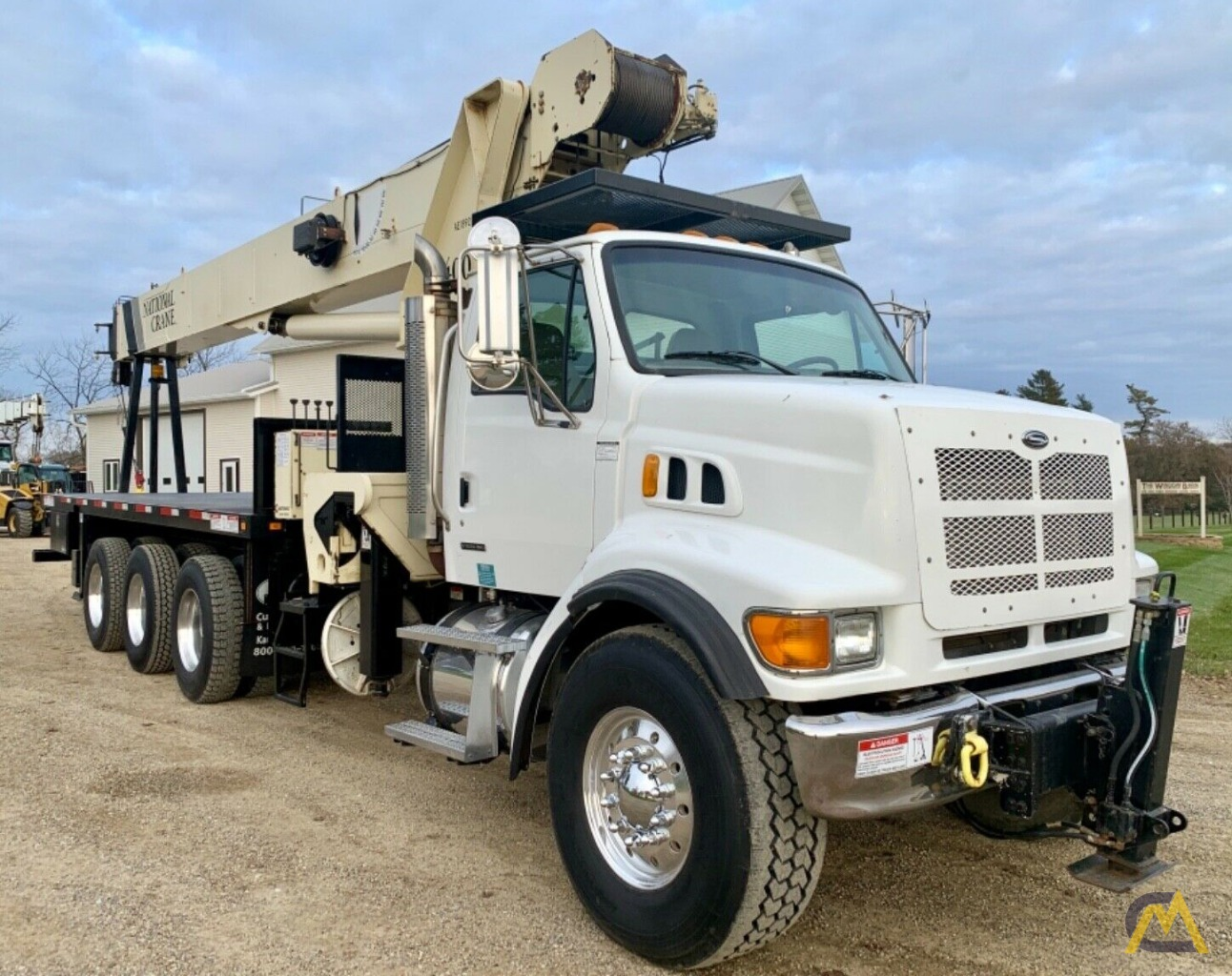 National Series Series 1400H Model 14127H 33-Ton Boom Truck Crane on Sterling L7500 2