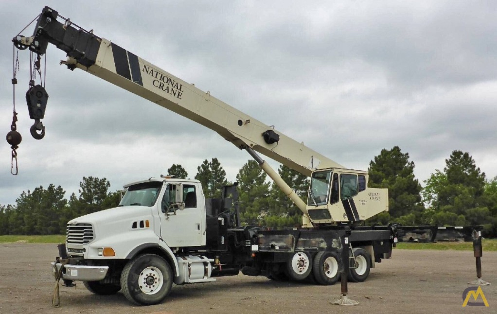 National 18127 40-Ton Boom Truck Crane 0