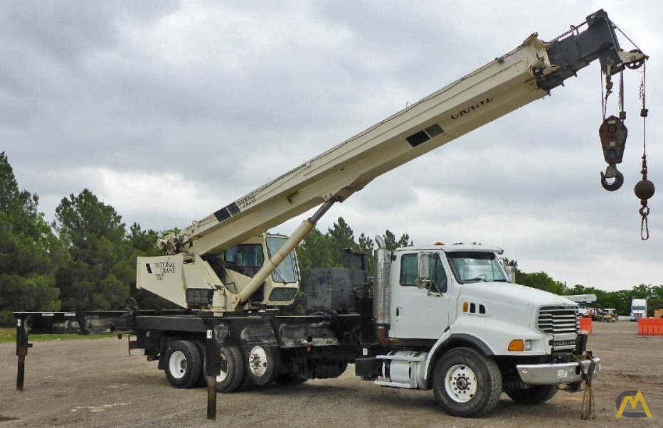 National 18127 40-Ton Boom Truck Crane 1
