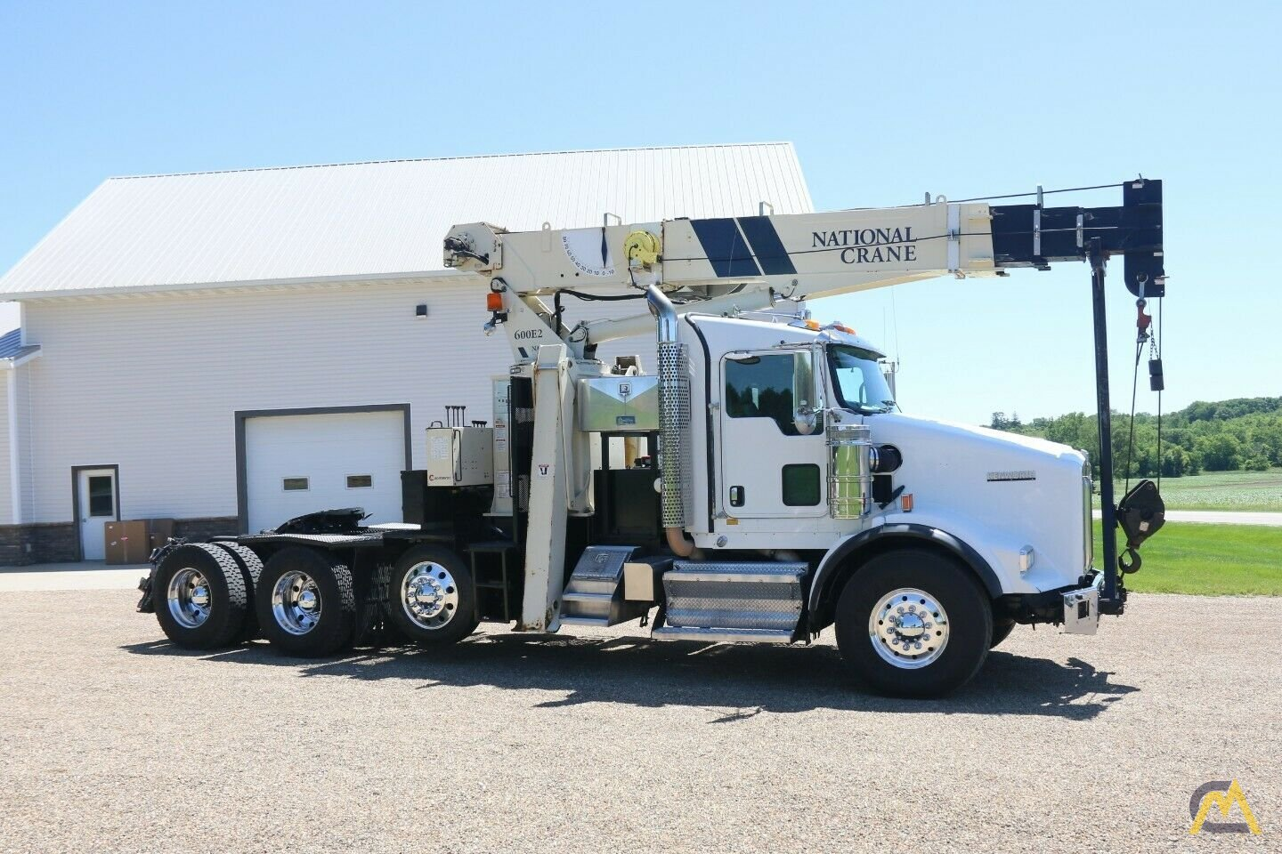National 600E2 Series Model 649E2  20-ton Tractor Mount Boom Truck on Kenworth T800 2
