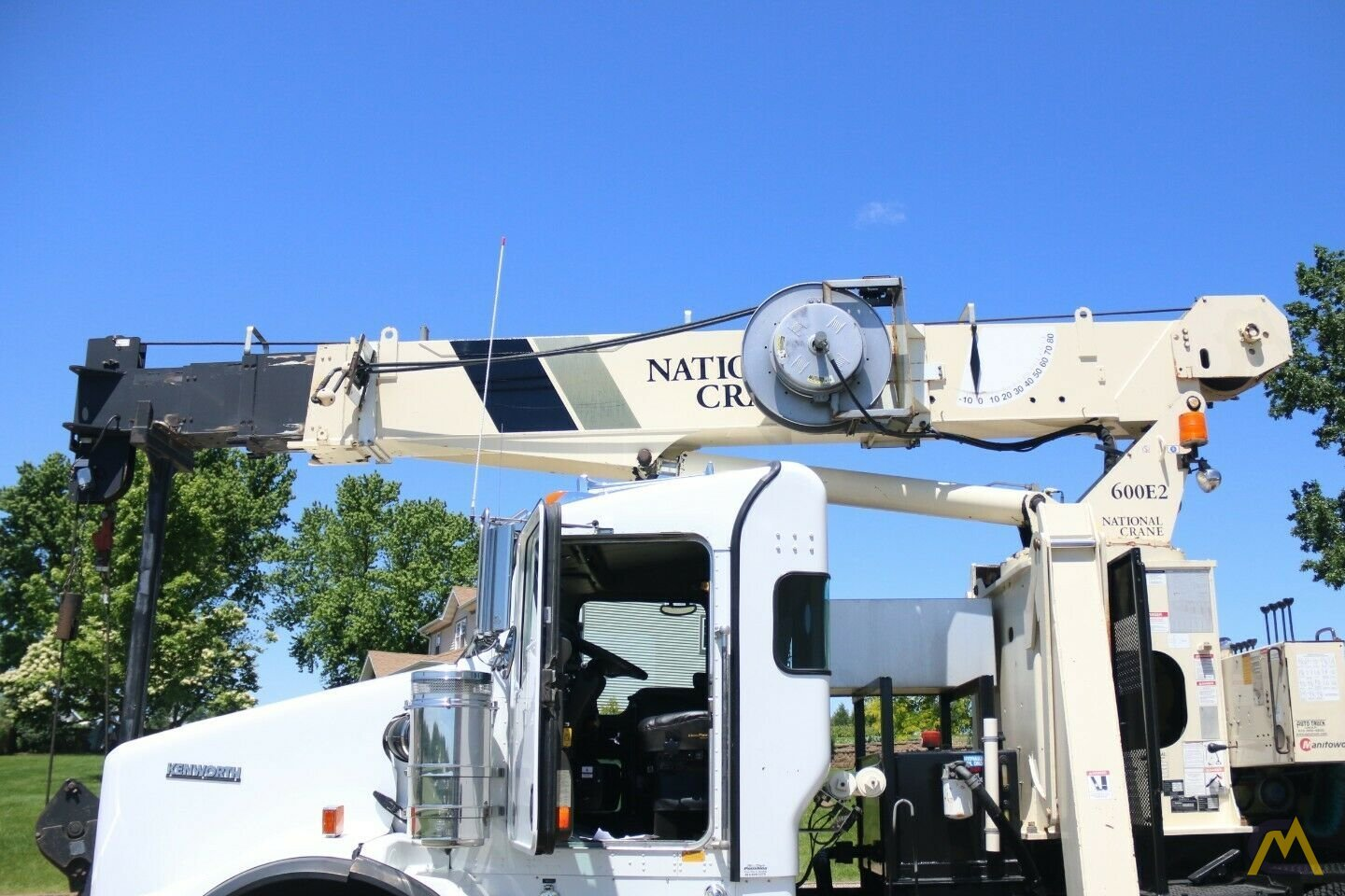 National 600E2 Series Model 649E2  20-ton Tractor Mount Boom Truck on Kenworth T800 9