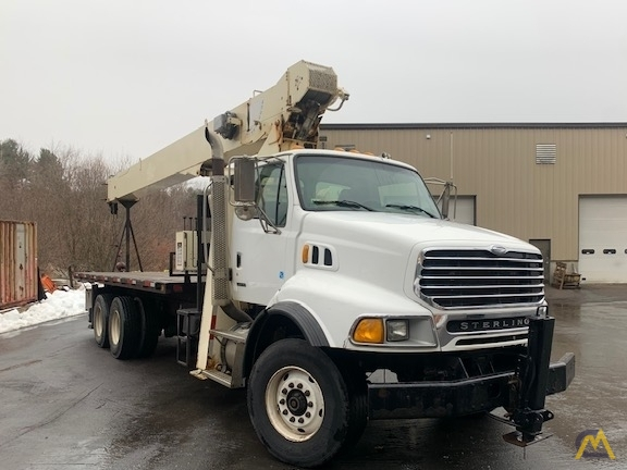 National Series 900A Model 9103A 26-ton Boom Truck on Sterling 1