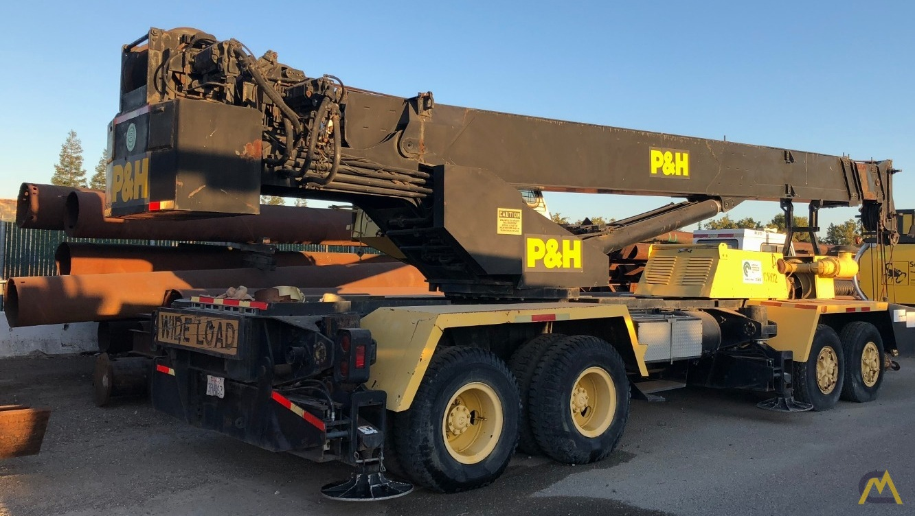 P&H T-400XL Telescopic Boom Truck Crane 1