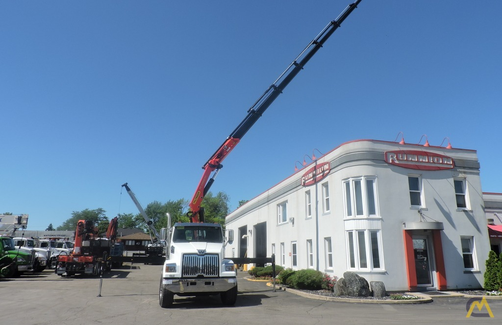 Palfinger PK 33002-EH 9.7-ton Knucklboom Crane on Western Star 4700SF 8