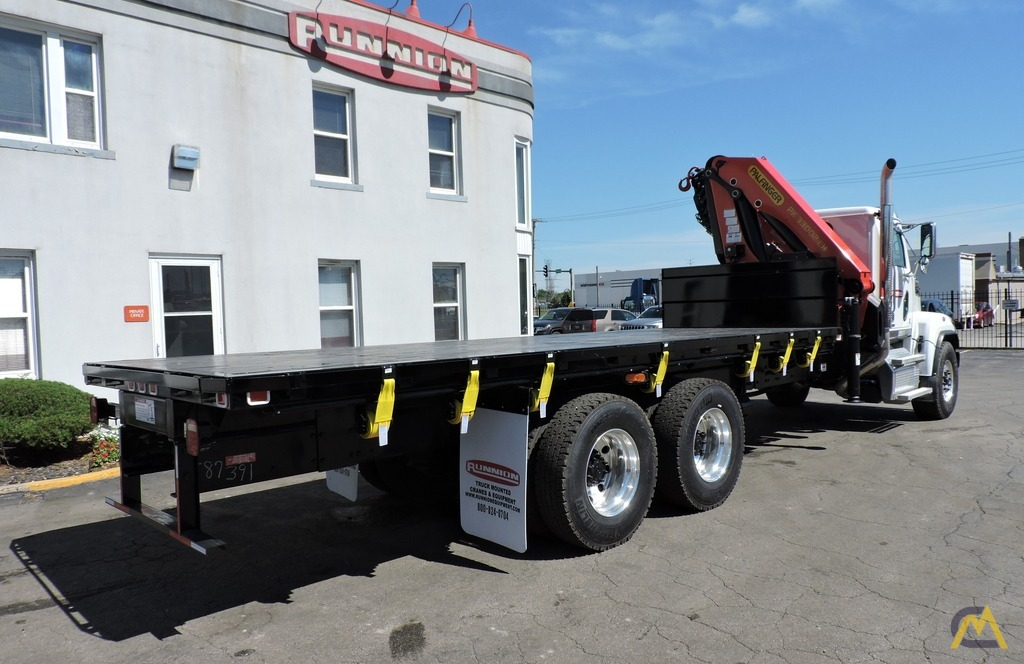 Palfinger PK 33002-EH 9.7-ton Knucklboom Crane on Western Star 4700SF 0
