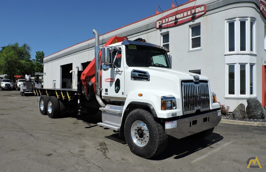 Palfinger PK 33002-EH 9.7-ton Knucklboom Crane on Western Star 4700SF 5