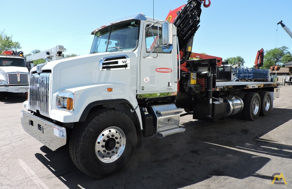 Palfinger PK 33002-EH 9.7-ton Knucklboom Crane on Western Star 4700SF 7