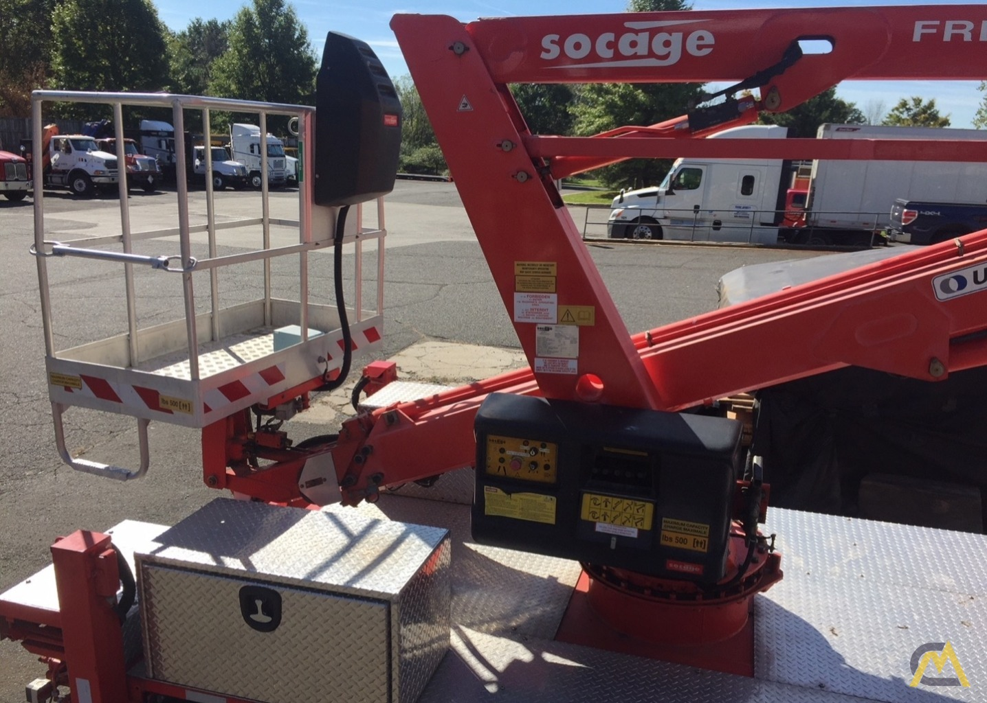 Socage Freedom 60/36 .15-Ton Aerial Man Lift 5