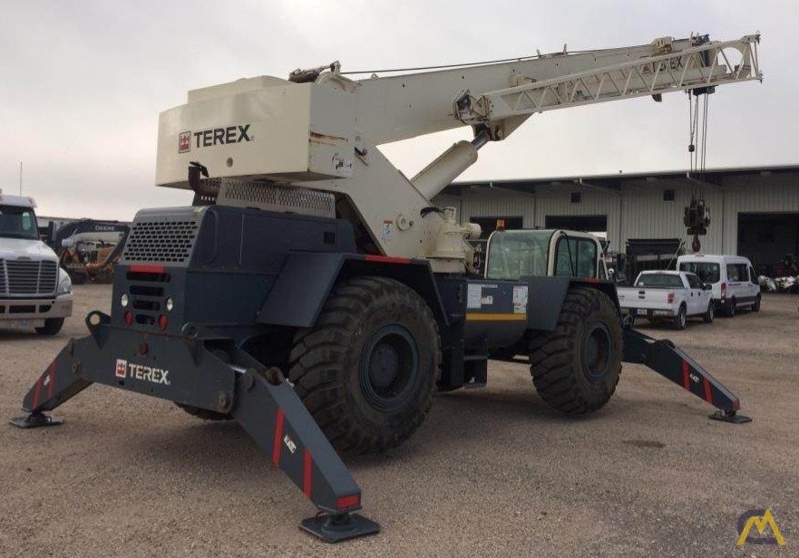 Terex CD225 25-Ton Down Cab Rough Terrain Crane 3