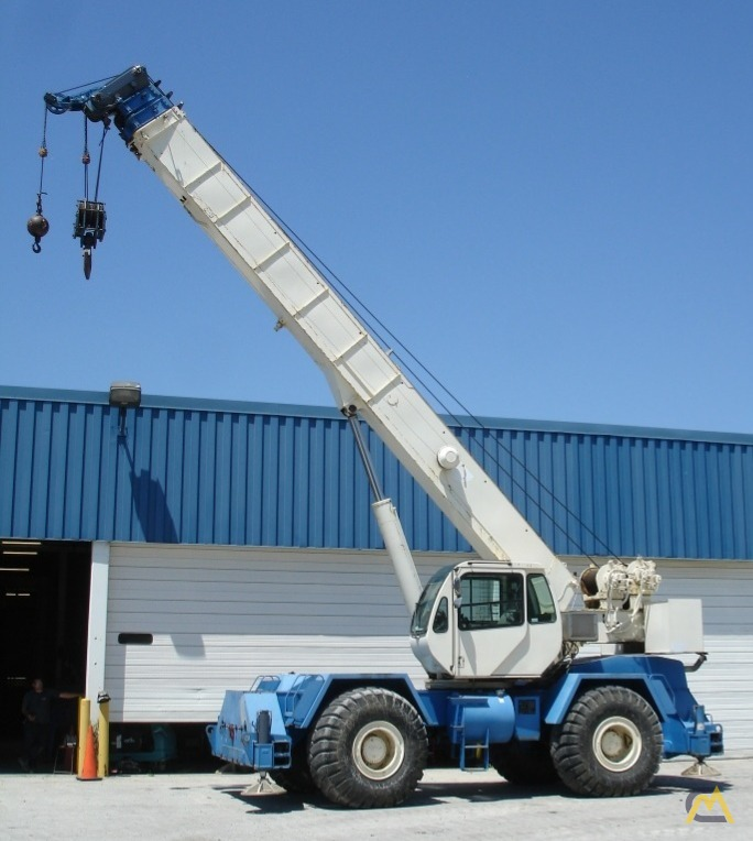 Terex RT555-1 55-Ton Rough Terrain Crane 6