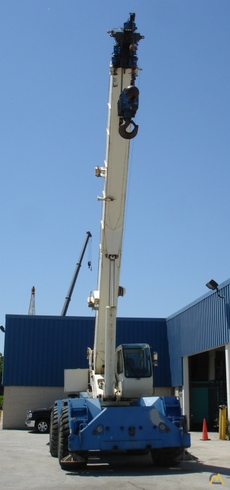 Terex RT555-1 55-Ton Rough Terrain Crane 7