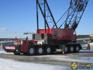 1973 American 9520 200-Ton Lattice Boom Truck Crane