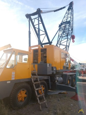 1974 P&H 790-TC 90-Ton Lattice Boom Truck Crane
