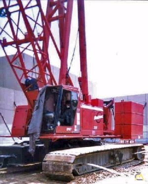 1998 Manitowoc 777 175-Ton Lattice Boom Crawler Crane