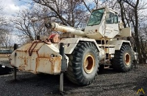 1998 P&H CENTURY 140 40-Ton Rough Terrain Crane