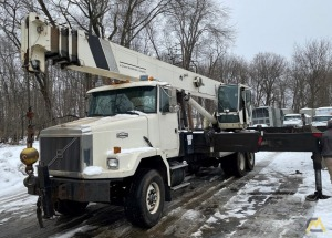 1999 National 15103 36-Ton Boom Truck Crane
