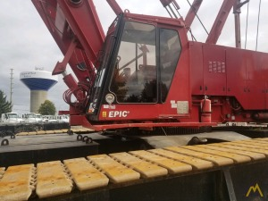 2001 Manitowoc 2250 S3 300-Ton Lattice Boom Crawler Crane