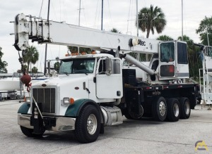2006 Altec 35127 35-Ton Boom Truck Crane on a 2006 Peterbilt 357