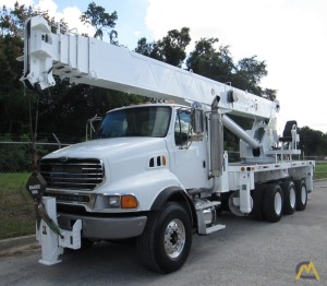 2006 Altec AC35-127S 35-Ton Boom Truck Crane Mounted on 2006 Sterling LT9513