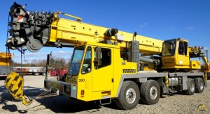 2007 Grove TMS900E  90-Ton Hydraulic Truck Crane with a Strong Chart